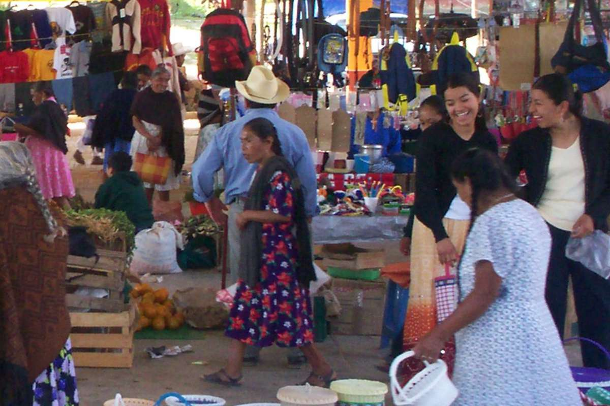 """Let's go to the """"tianguis"""""""