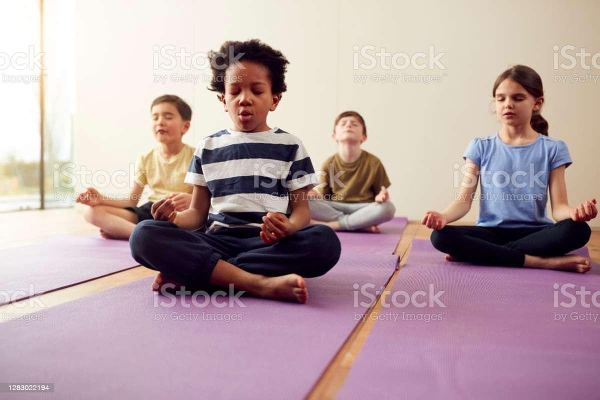 Haz yoga, evita el estrés